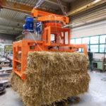 9-Траверса-захват для транспортировки тюков соломы с поворотным механизмом
