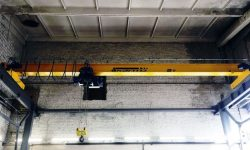 Overhead crane with lifting capacity 5,0 t for maintenance and repair of lifts